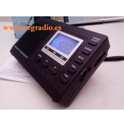 HRD-310 Radio Receptor Portatil FM AM-MW SW Alarma Reloj Digital Vista Inclinada